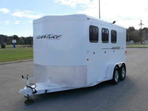 2009 Trails West 3 horse adventurer !!! fresh trade !!!