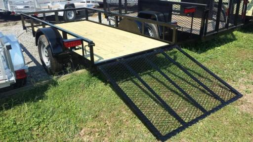 2017 Holmes 5x10 open rail side