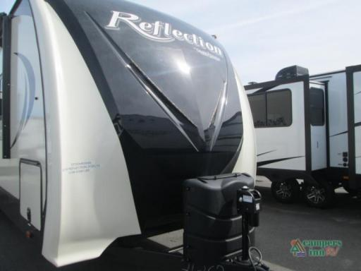 2019 Grand Design RV reflection