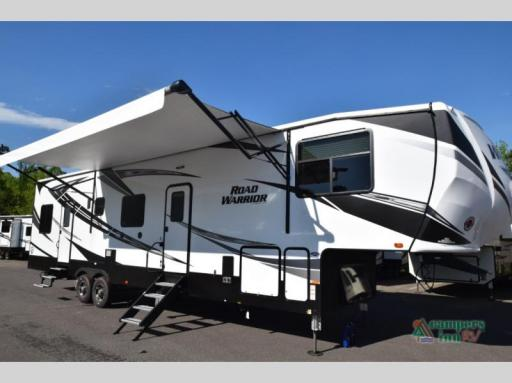 2019 Heartland RVs road warrior