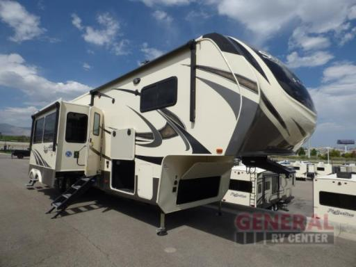 2019 Grand Design RV 3740bh