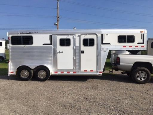 2002 C&C all aluminum 2 horse gooseneck, straight load