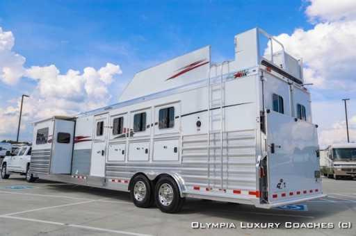 2017 4-star 4 horse 15ft sw lq w/ slide trail boss conversion