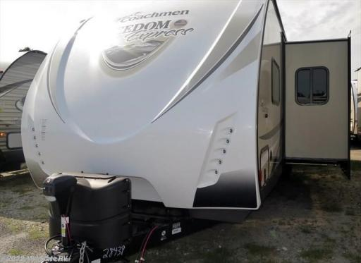 2018 Coachmen RV freedom express