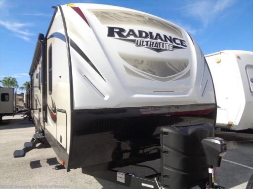 2017 Cruiser RV radiance