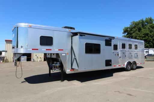 2018 Exiss 8412 8' wide 12' short wall loaded w/ upgrades!