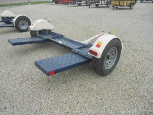 2020 Master Tow 80thdsb tow dolly with surge brakes