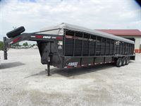 2019 Coose 6'8x32'x6'6 rubber floor stock trailer