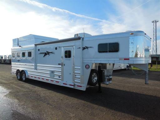 2020 Platinum Coach outlaw 4 horse 10' sw outlaw conversions