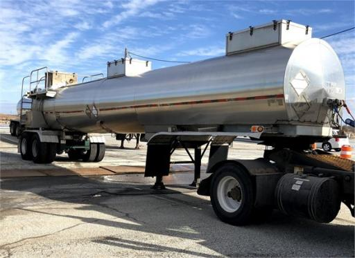 2003 Brenner dot 412 4300 gal insulated