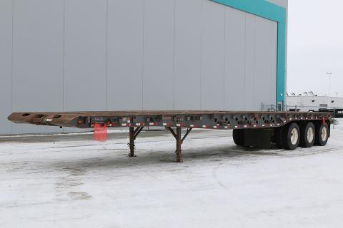 2005 Doepker 50' tri-axle oilfield float